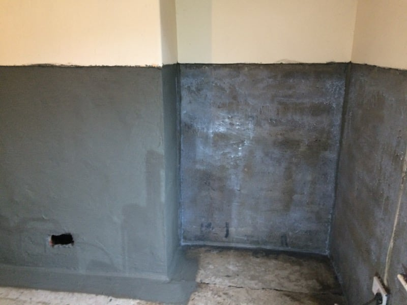 damp proofing walls of house